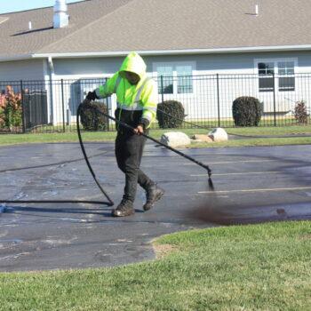 sealcoating in kenosha, cicchini asphalt, asphalt seal coating in kenosha